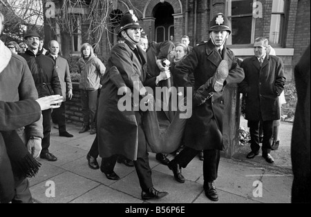 Police arrest protesting students in Talbot Road behind White City, who have gathered in a demonstration against - Stock Photo