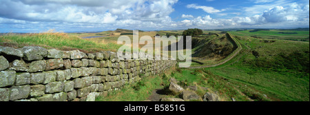 View along Hadrian's Wall from Hotbank Crags, UNESCO World Heritage Site, near Hexham, Northumberland, England, - Stock Photo