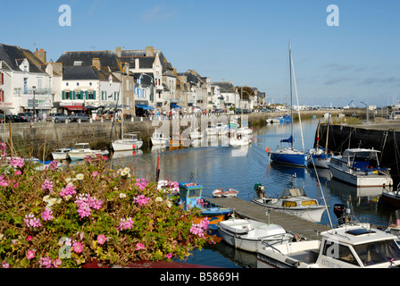Yachting and fishing port, Le Croisic, Brittany, France, Europe - Stock Photo