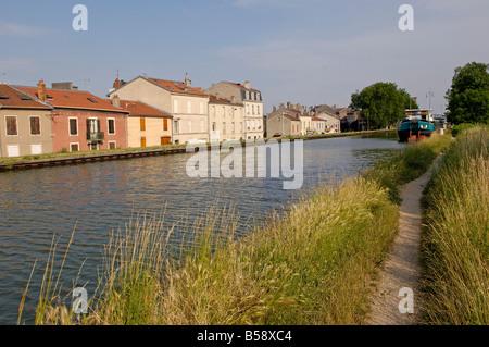 Canal de la Marne au Rhin, Nancy, Meurthe et Moselle, Lorraine, France, Europe - Stock Photo