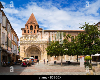 The Abbaye Saint Pierre de Moissac in Moissac, Tarn et Garonne, France Europe - Stock Photo