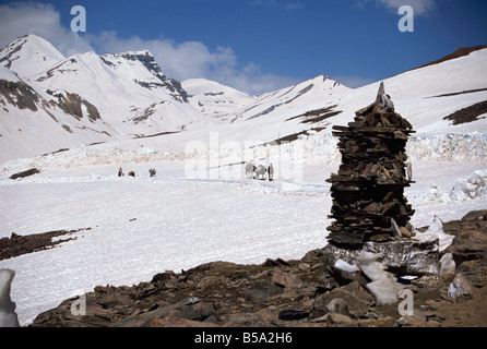 Summit of the Baralacha Pass at 5100m on Leh to Manali Road Himachal Pradesh state India Asia - Stock Photo