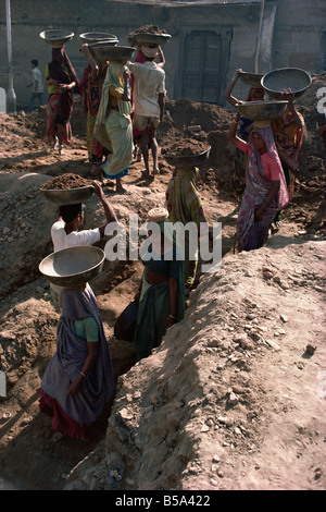 Female labourers on building site Ahmedabad Gujarat state India Asia - Stock Photo
