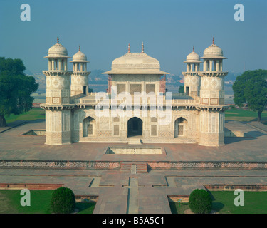 Itmad Ud Daulah s Tomb Agra India G Hellier - Stock Photo