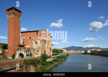 Torrre Guelfa and Fortezza Vecchia on the banks of the River Arno, Pisa, Italy. - Stock Photo