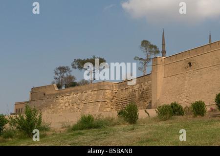 The external walls of the medieval Islamic Saladin or Salah ad Din Citadel on Mokattam hill near the center of Cairo - Stock Photo