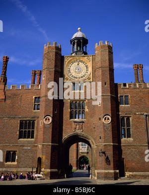 Clock Court, Hampton Court, Greater London, England, Europe