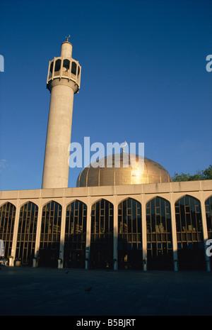 Regents Park Mosque, London, England, Europe - Stock Photo