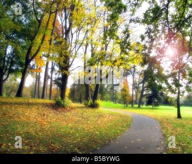 GB - GLOUCESTERSHIRE: Autumn in Cheltenham's Pittville Park - Stock Photo