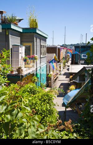 Floating homes on west shore of Lake Union in Seattle, Washington - Stock Photo