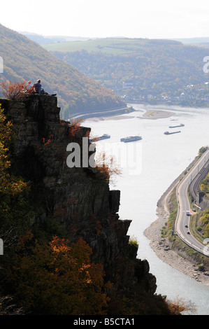 Hikers admiring the view of the Rhine valley - Stock Photo