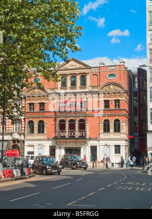 The Royal Court Theatre, Sloane Square, London - Stock Photo