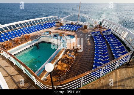 Swimming pool on stern of queen mary 2 cruise ship stock - Queen mary swimming pool victoria ...