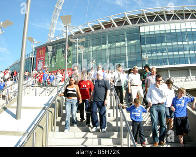 Spectators leaving the new Wembley Stadium after a match - Stock Photo