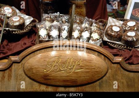 Bettys tea rooms in Harrogate Yorkshire October 2008 - Stock Photo