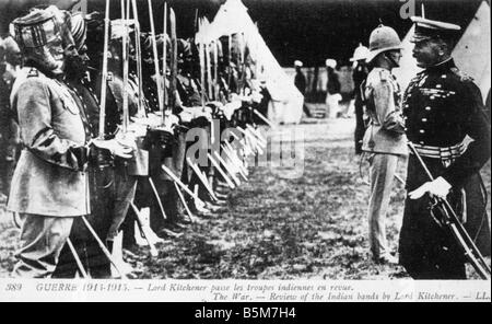 1EN 259 F1915 E WW1 Kitchener inspects Indian troops Kitchener Herbert Earl K of Khartoum Brit military since 1909 - Stock Photo