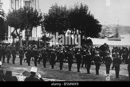 9TK 1914 8 0 A1 Parade of Turkish troops in World War I World War I Outbreak of War Mobilisation in Turkey from - Stock Photo