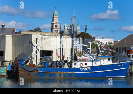 Fishing boat gloucester harbor cape ann greater boston for Mass commercial fishing