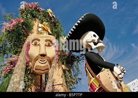 Pasadena CA, Los Angeles California, Santa Fe Springs Float Extraordinaire Trophy 'Celebration of Life Dia de Los Muertos'