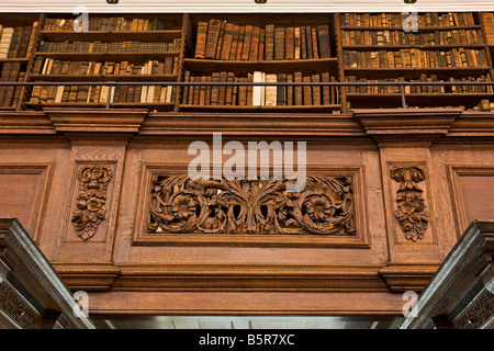 Fellows Library a medieval library at Jesus College Oxford - Stock Photo
