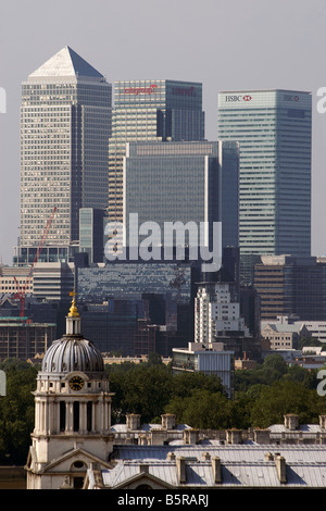 Canary Wharf financial district viewed from Greenwich Hill, Greenwich, London - Stock Photo