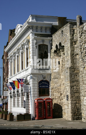 City of Southampton, England. The Watergate ruins on the southern end of the Old Town Wall near Town Quay and High - Stock Photo