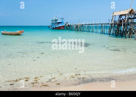 Koh Chang Thailand Asia harbour catwalk bridge - Stock Photo