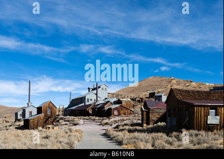 The Standard Mill and Mine in the 19thC ghost town of Bodie, near Bridgeport, Sierra Nevada Mountains, California, - Stock Photo