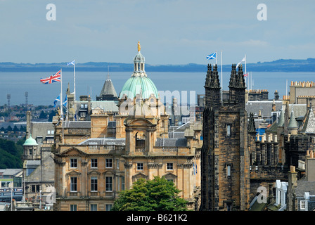 View of the historic city centre of Edinburgh, Scotland, Great Britain, Europe - Stock Photo