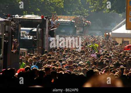 Crowds and floats during the Highway to Love 2008 Love Parade in Dortmund, North Rhine-Westphalia, Germany, Europe - Stock Photo