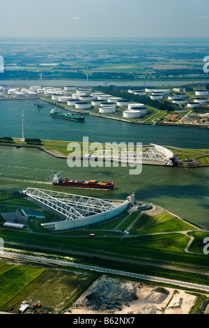 Netherlands, Rotterdam, Harbour. Storm Surge Barrier in river De Nieuwe Waterweg. Oil sNetherlands, Rotterdam, Closed - Stock Photo