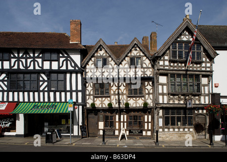 Stratford upon Avon High Street Harvard House 1569 Built by a butcher Thomas Rogers grandfather of John Harvard - Stock Photo