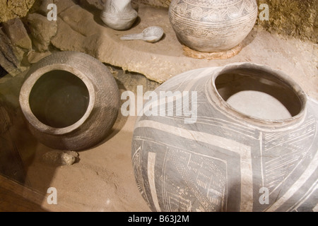 An assortment of ancient Anasazi pots and utensils as displayed in the Utah Museum of Natural History on the University - Stock Photo