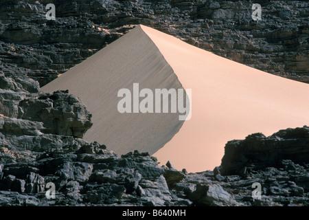 Algeria, Djanet. Landscape. Sand dunes. Sahara Desert. - Stock Photo