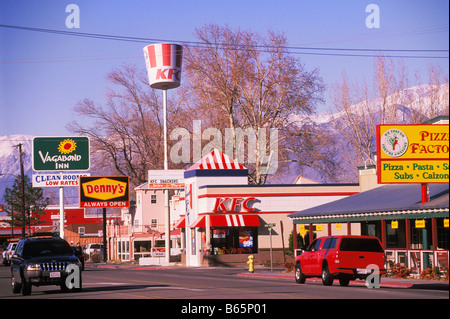 Fast food restaurants on Main Street in Bishop California - Stock Photo
