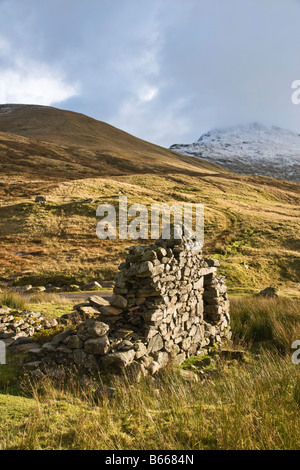 ruined cottage in Glen Lyon - Stock Photo