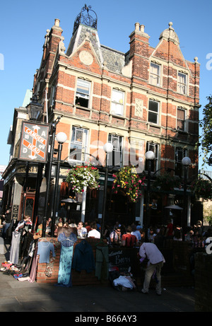 Camden Head is one of Islington's best known pubs and opened in 1899 - Stock Photo