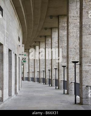 Berlin, Olympiastadion, oberer Umgang nach Westen - Stock Photo