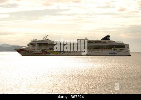 Cruiseship Norwegian Jewel (Norwegian Cruise Lines), Dubrovnik, Dubrovnik-Neretva, Croatia - Stock Photo