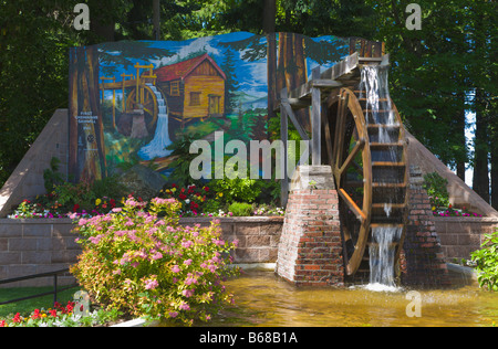 painted wall mural and water wheel chemainus vancouver island british columbia canada