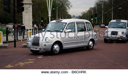 Taxi London black cab - Stock Photo