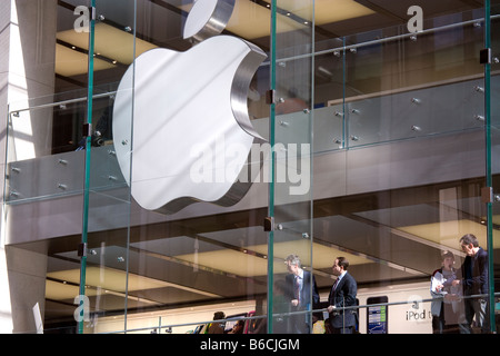 Shopping at the Sydney Apple Store. Sydney NSW Australia. - Stock Photo