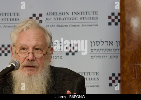 Noble prize winner Prof. Robert Aumann speaks at the Adelson Institute's Dec. 2008 Counterinsurgency conference. - Stock Photo