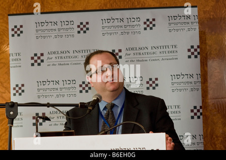 Dr. Fred Kagan, Fellow at AEI, lectures at the Adelson Institute for Strategic Studies Dec. 2008 Counterinsurgency - Stock Photo