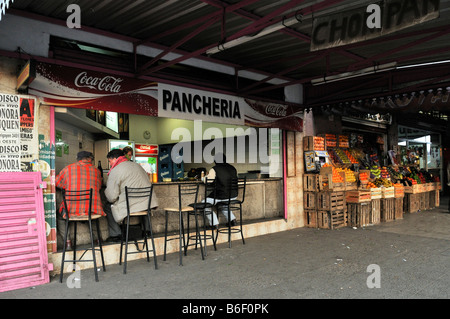 Street scene in the Pompeja region of Buenos Aires, Argentina, South America - Stock Photo