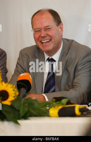 Federal Minister of Finance, Peer Steinbrueck, Roesrath, North Rhine-Westphalia, Germany, Europe - Stock Photo