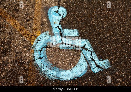 Cracked sign for disabled parking, Newton, New Jersey, USA - Stock Photo