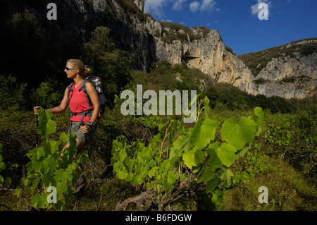 Hiking in the canyon, Vallon Pont d'Arc, Ardeche, Rhone Alps, France, Europe - Stock Photo