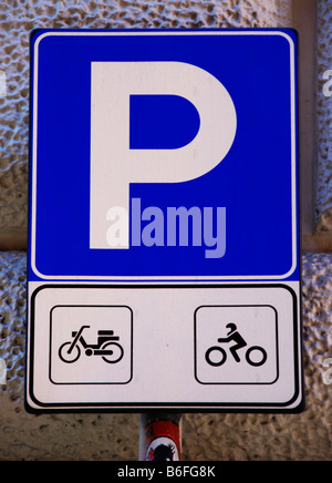 Road sign, parking for motorcycles and moped or scooters, Rome, Italy, Europe - Stock Photo
