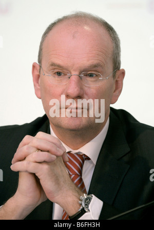 Hans-Peter Villis, chief executive of EnBW Energie Baden-Wuerttemberg AG, during a financial report press conference, - Stock Photo